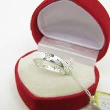 แหวนเพชรเม็ดเดี่ยว กว้าง4มิล แหวนเงิน แหวนเพชร แหวนเงินฝังเพชร