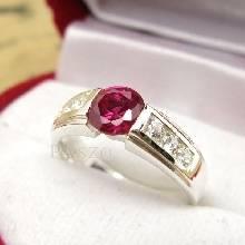 แหวนพลอยทับทิม พลอยสีแดง บ่าแหวนฝังเพชร แหวนเงินแท้ 925