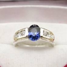 แหวนพลอยไพลิน ประดับเพชร แหวนเงินแท้