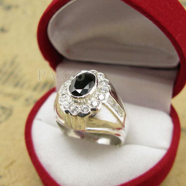 แหวนผู้ชาย ฝังนิล ล้อมรอบด้วยเพชร #3