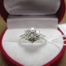 แหวนเพชร แหวนดอกพิกุล แหวนเงินฝังเพชร แหวนดอกไม้