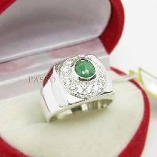 แหวนหยกผู้ชาย ล้อมเพชร แหวนหยกสีเขียว แหวนเงินแท้สำหรับผู้ชาย แหวนผู้ชาย